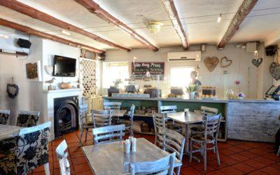 Petit Fours Delicatessen, Bloubergstrand, Cape Town